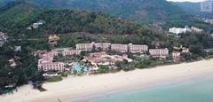 มองวิวสวยๆหาดกะรน เล่นสวนน้ำสุดอลัง ที่ Centara Grand Beach Resort Phuket